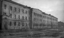 Общежитие ЗОР по ул. Богатого. Одесса. 1955 г. Феохари. (1774)