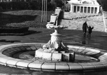 В городском парке «Победа». Одесса. 12 декабря 1976 г. (9685)