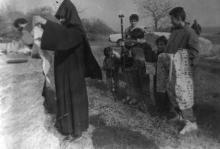 Освящение места под армянский храм. О. Владимирский. Одесса. 1993 г. (13036)