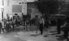Пионерский праздник на Судоремонтном заводе. Одесса, 1964 г. Выкрест (1636)