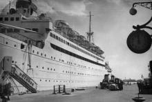 «Адмирал Нахимов» на погрузке в Одесском порту