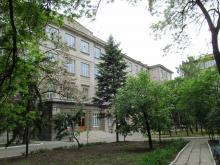Во дворе Морского университета. Одесса. 2014 г.