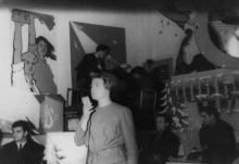 Новогодний огонек на заводе им. Октябрьской революции. г. Одесса, 1967 г. Негребецкий (1936)
