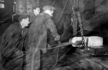 На краностроительном заводе. Одесса, 1958 г. (4691)