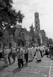 Крестный ход на место часовни на Соборной площади. г. Одесса 1993 г. О. Владимирский (12854)