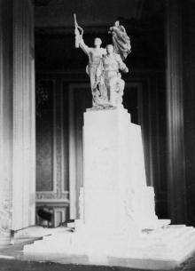 Проект памятника потемкинцам, представленный на общественный просмотр в Одессу из Москвы. 11.II.56 г. Одесса, Левит (899)