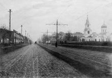 На Канатной улице. Справа Свято-Николаевская (Ботаническая) церковь