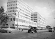 Производственный корпус трикотажной фабрики им. Крупской. Одесса, 1980 г. (5977)