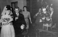 Голубой огонек в красном уголке фабрики. Комсомольская свадьба. Ф-ка им. Воровского. Одесса, Тартаковский, 1966 г. (1515)