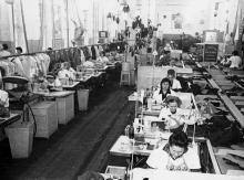 Работницы цеха №8 швейного объединения им. Воровского. г. Одесса, 1975 г. (5502)