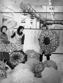 Комплектование готовой продукции на ПО «Зонт». г. Одесса февраль 1984 г. (8505)