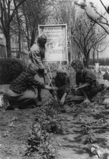 Благоустройство завода им. Октябрьской революции. г. Одесса, 1964 г. Негребецкий (1988)