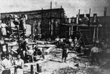 Восстановительные работы на заводе им. Октябрьской революции. г. Одесса, 1946-47 гг. (2915)
