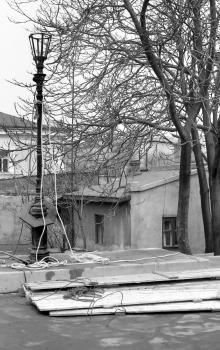 Установка новых фонарей на Потемкинской лестнице. Одесса. Фотограф Сергей Калмыков. 1975 г.