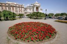 Оперный театр, Одесса. Фотограф В. Теняков. 11 августа 2015 г.