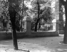 Пролетарский бульвар, 32. Одесса. Фотограф В.Г. Никитенко, 1970-е годы