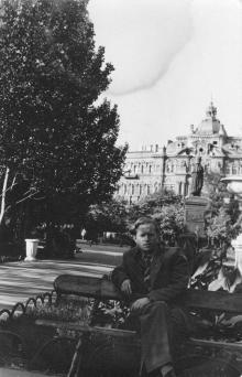 На площади Советской Армии, Одесса, октябрь 1958 г.