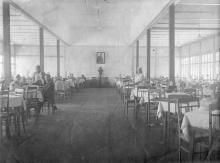 Столовая санатория имени Карла Маркса. Куяльницкий курорт. Середина 1930-х годов