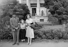Перед археологическим музеем. Одесса. 1957 г.