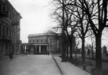 Дворец пионеров и школьников, вид с Приморского бульвара. Одесса, начало 1950-х годов