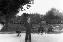 Одесса. Памятник Сталину в центре композиции