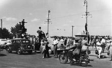 Одесса. Приморский бульвар. Встреча китобазы «Слава». 1950-е гг.