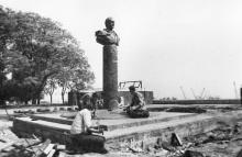 Установка памятника В.П. Глушко, 1978 г.