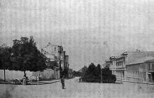 Конец Преображенской улицы (теперь). Фотография в книге «Одесса. 1794-1894». 1895 г.