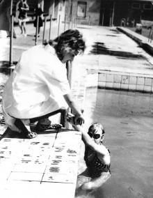 В бассейне СКА, 1990-е гг.