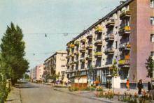 Південно-західний масив. Вулиця Чорноморскька дорога. Фото з комплекту листівок «Одеса», 1967 р.