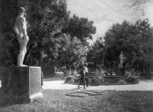 Одеса. Парк на Куяльницькому лимані. Фото Б. Левіта. Поштова картка. 1938 р.