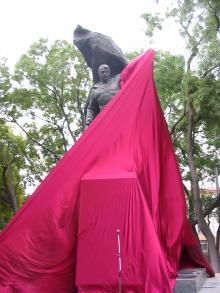 Открытие памятника Потемкинцам на Таможенной площади. Фото Александра Дроздовского. Одесса, 14 октября 2007 г.