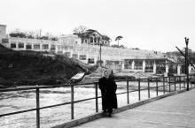 Санаторий Министерства обороны на 16-й станции Большого Фонтана. Фото А.И. Сапожникова, А.В. Цеханович, 1956 г.