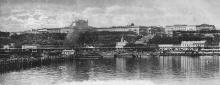 Одесса. Вид на город с моря. В центре портовая Николаевская церковь. Открытое письмо