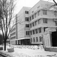 Окончание строительства главного корпуса Одесской киностудии. 1973 г.