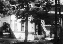 Здание управления фабрики (особняк Демидовой-Сан-Донато), 1960-е гг.