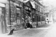 Одесса. Ул. Кангуна, 14. Фотограф Андрей Онисимович Лисенко. Конец 1940-х гг.