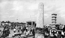 На областной выставке достижений народного хозяйства в парке «Победа». Фотография в фотоочерке «Одесса», 1960 г.