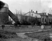 Башня обсерватории со стороны двора