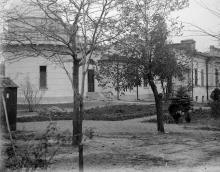 Вид на обсерваторию со двора, 1930-е гг.