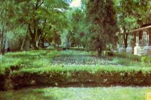 Памятник В.И. Ленину на территории санатория «Фонтан». Фото из буклета 1971 г.