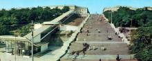 Потьомкінські сходи. Фото Т.Б. Бакмана. З комплекту панорамных листівок «Одеса», 1973 р.