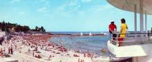 Один з міських пляжів (Аркадія). Фото З.А. Вишневського. З комплекту панорамных листівок «Одеса», 1973 р.
