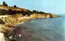 Берег моря поблизу Аркадії. Фото з фотогармошки «Одеса курортна», 1958 р.
