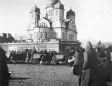 Рынок возле Сретенской церкви. 1914 г.