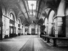 Интерьер старого вокзала