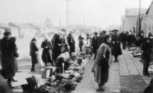 Новощепной ряд. Слева «Привоз». Одесса. 1944 г.