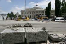 Реконструкция Старосенного сквера и площади. Фото В. Тенякова. 30 июня 2016 г.