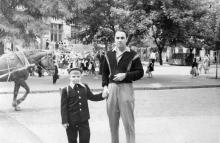 Перед 121-й школой. 1960 г.