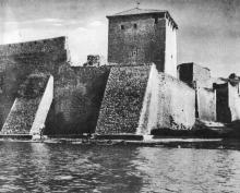 Башня Пушкина. Фото Д.П. Вздвижкова в фотоочерке «Белгород-Днестровская крепость», 1975 г.